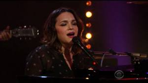 norah-jones-corden-261016