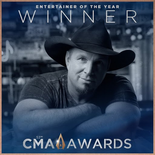 garth cma entertainer of the year 19